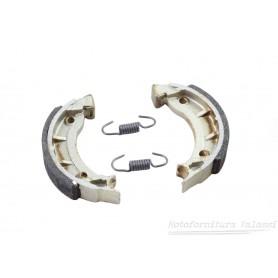 Coppia ceppi freno (NEWFREN) Dingo 3v / Dingo mm. / Magnum /Trotter...... 64.014 - 45620500 Ceppi freno6,50€ 6,50€