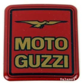 """Marchio """"Moto Guzzi"""" plastificato rosso (x borse Givi) 70.701 - 30482010 Adesivi vari3,00€ 3,00€"""